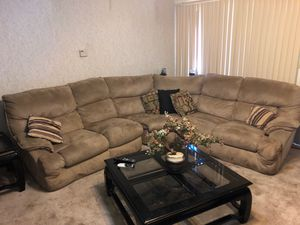 Sectional couch for sale great condition for Sale in Vallejo, CA