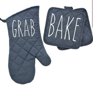 Rae Dunn INSPIRED Kitchen Mitt set for Sale in Fall River, MA