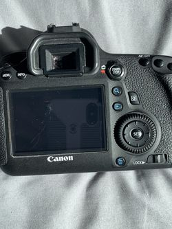 Canon 6D + 24 - 105mm Canon Lens for Sale in Las Vegas,  NV