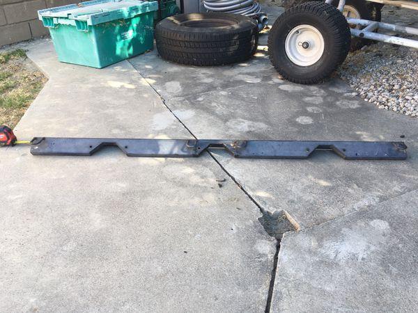 Truck bed dirt bike rack