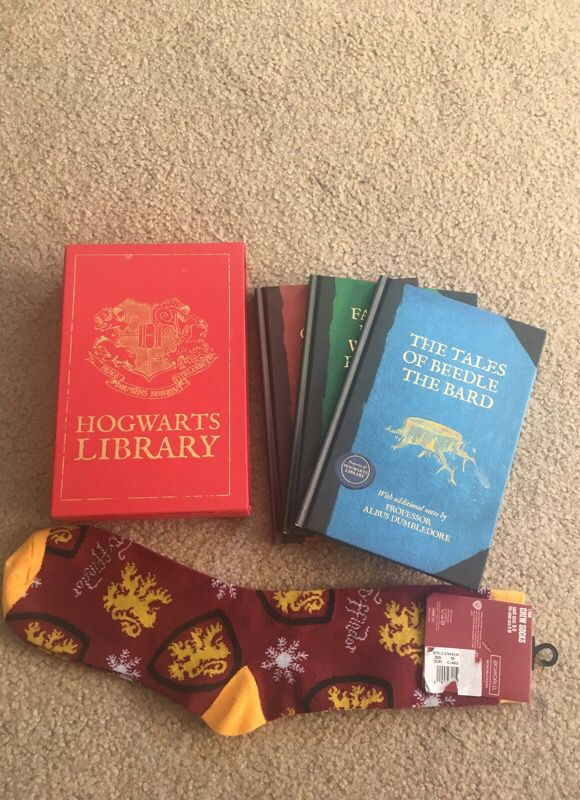 Harry Potter hog warts library and Gryffindor socks