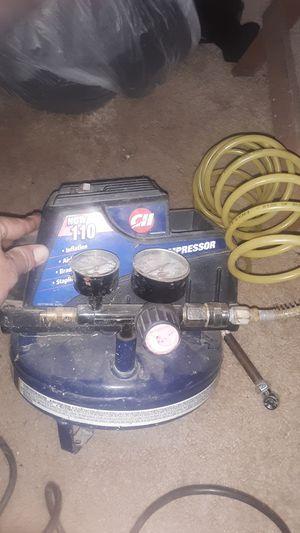 1 gallon Campwell hausfeld air compressor for Sale in FAIR OAKS, TX