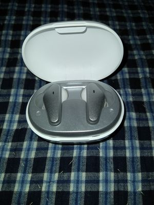 Tws earbuds 5.0 for Sale in Gaithersburg, MD
