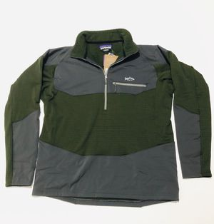 Patagonia 1/4 zip pull over jacket for Sale in Arlington, TX