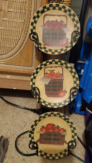 Collectible antique plates with holder and all plates beautiful. for Sale in Rhinelander, WI