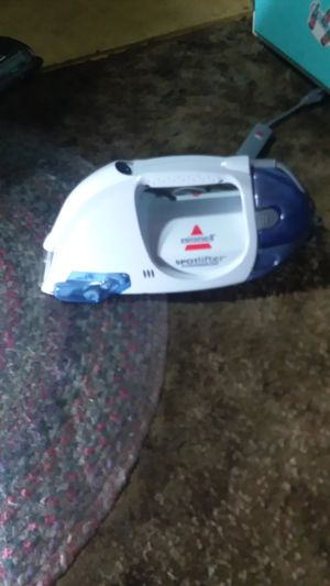 Bissell small carpet cleaner for Sale in Portland, OR