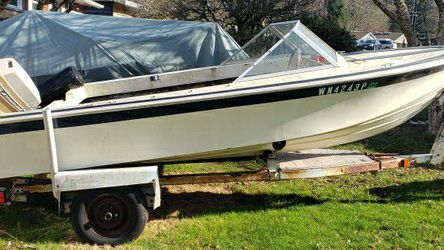 69 Glasspar On A 77 Ez Loader Trailer Project Boat $250 for Sale in Federal Way,  WA