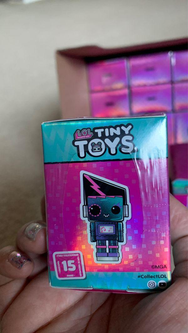 LOL surprise tiny toys