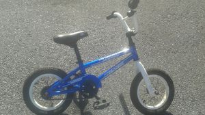 Freeagent toddler bmx blue bike for Sale in Atlanta, GA