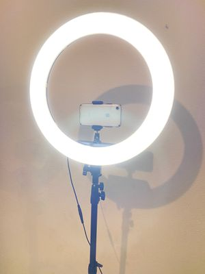 NEW 18 inch 3000k-6000k Dimmable LED Ring Light with Travel Case ‼️ for Sale in San Diego, CA