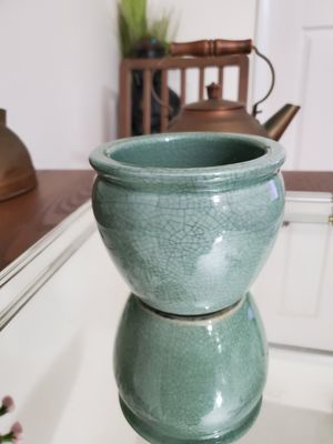 "NORCAL GREEN LITTLE FLOWER POT,4"" H x 4 1/2 "" DIAMETER. for Sale in Miami, FL"
