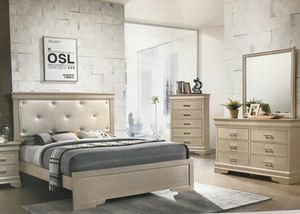 Brand new queen size bedroom set with mattress699$ for Sale in Miami Gardens, FL