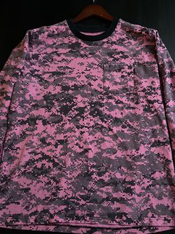 Supreme Pink Digital Camo Long Sleeve T-Shirt for Sale in Gaithersburg,  MD