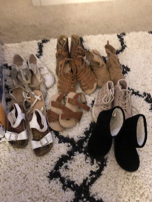 Size 7c,9C girl shoes
