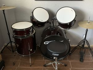 Groove percussion beginner drum set with stool for Sale in North Miami, FL