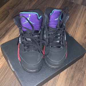 Jordan 5 Retro 13 C for Sale in Hartford, CT
