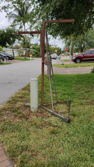 Heavy bag and speed bag stand for Sale in Lake Worth, FL