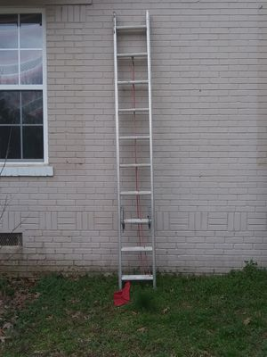 Louisville 20' Aluminum Extension 200lbs Type lll Ladder for Sale in Coldwater, MS