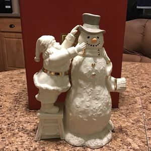 Lenox China~~Santa with Snowman in Original box~Excellent condition for Sale in Brooklyn, NY