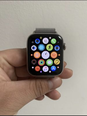 Apple Watch series 4 for Sale in New York, NY