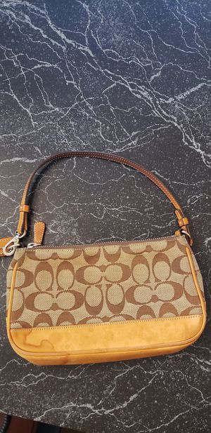Small Coach bag for Sale in Lake Worth, FL