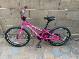 "Girls Specialized 20"" Hotrock bike for Sale in Gilbert, AZ"