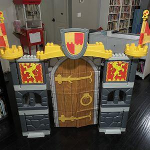 Mega Bloks Play Castle over 4 feet tall! for Sale in Gilbert, AZ