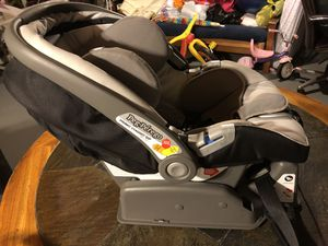 Peg Perego Infant Car Seat for Sale in Newtown, CT