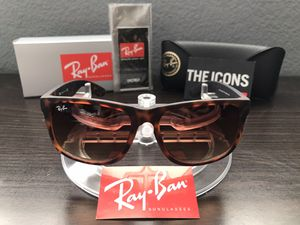 Ray-Ban Sunglasses Justin Classic for Sale in Temecula, CA