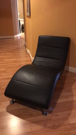 Black leather lounge chair for Sale in Gaithersburg, MD