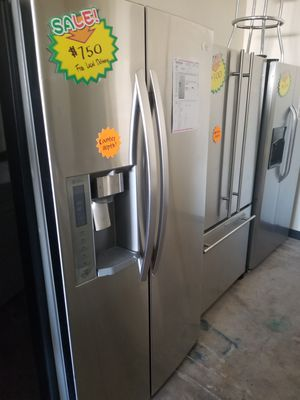 LG STAINLESS STEEL SIDE X SIDE COUNTER DEPTH for Sale in Santa Ana, CA