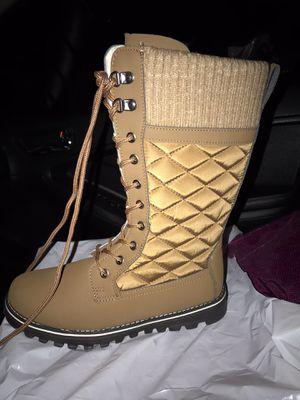 Boots 6.5 for Sale in San Bernardino, CA