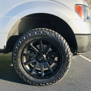 """20"""" ION MATTE BLACK WHEELS & TIRES for Sale in Charlotte, NC"""