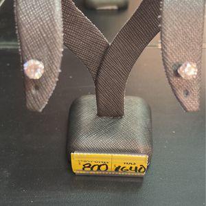 10kt Diamond Earrings for Sale in Hialeah, FL