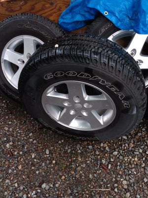 5 almost new Good year on jeep wheels for Sale in Auburn, WA
