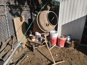 Cement mixer for Sale in Bloomington, CA