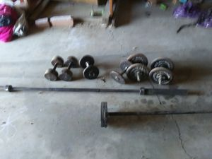 2 barbells and 3 pairs of dumbells for Sale in Fresno, CA