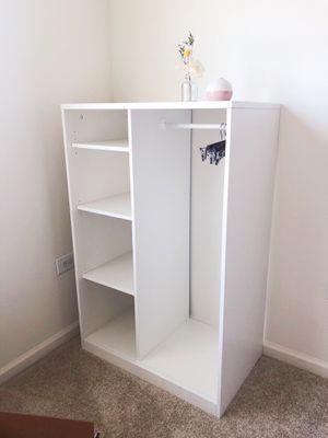 White bookcase / shelf / storage carbinet for Sale in Glen Cove, NY