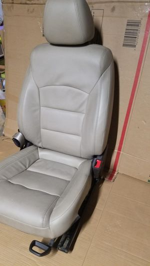 Chevy cruze passenger seat for Sale in Fontana, CA