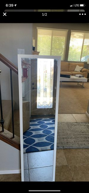 White mirror for Sale in Surprise, AZ