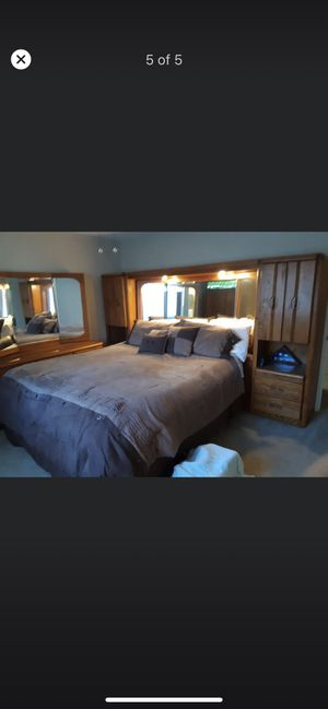 King size bedroom set/ bedframe not included/5 pieces/ really good condition. for Sale in Stockton, CA