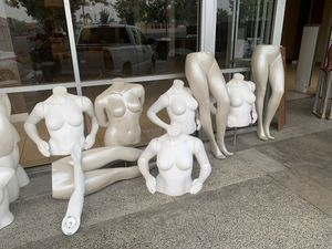 """""""Plus size"""" Mannequins for Sale in Fresno, CA"""