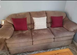 Soft brown couch for Sale in Elk Grove, CA