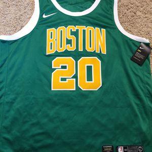 Nike Swingman Boston Celtics Gordon Hayward Green Yellow Jersey Size 3XL 60 for Sale in Los Angeles, CA