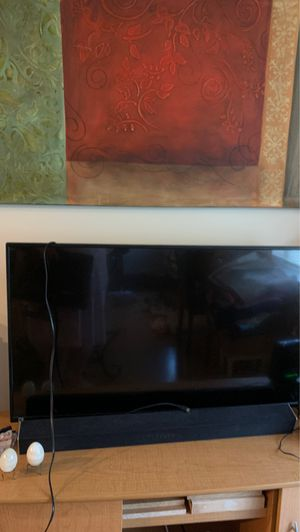 2-TV ONE IS A 50' HAIER /ONE IS A SAMSUNG for Sale in Boca Raton, FL