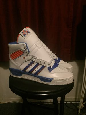 ADIDAS RIVALRY HIGH 10.5 DS for Sale in Los Angeles, CA