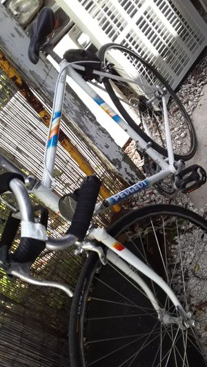 Peugeot road bike ready to ride for Sale in Davie, FL