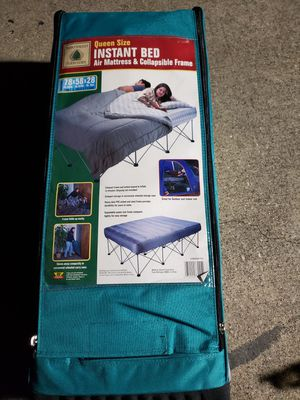 Instant bed air mattress and collapsible frame for Sale in Irving, TX