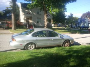 1997 Ford Taurus. Needs a few things but runs awesome. for Sale in Bay City, MI
