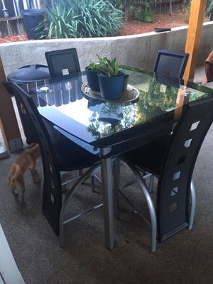 Dining table for sale for Sale in Antioch, CA